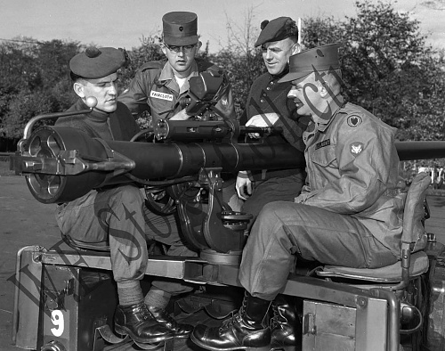 Click image for larger version  Name:M40A1 106mm Recoilless Rifle - Germany, 1960.jpg Views:6 Size:518.0 KB ID:116844