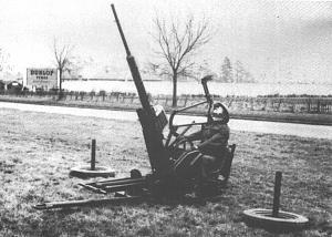Click image for larger version  Name:20mm_deployed_army_Brit_single_gun_WindscreenV4N2.jpg Views:9 Size:120.0 KB ID:79691