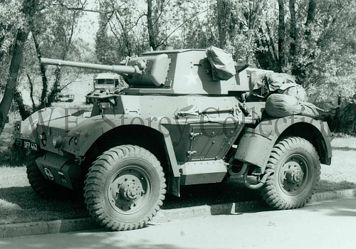 Click image for larger version  Name:97-6 Daimler Armoured Car Mk II copy.jpg Views:0 Size:557.1 KB ID:107816
