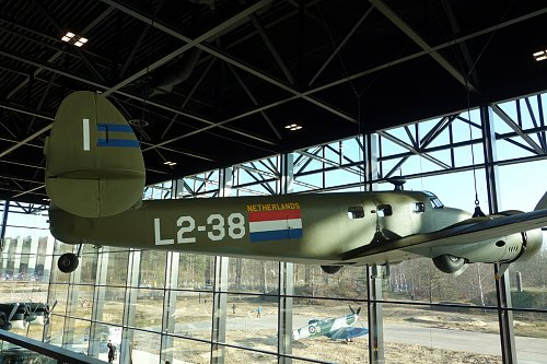 Click image for larger version  Name:Lockheed12A_L2-38.jpg Views:0 Size:180.2 KB ID:82932
