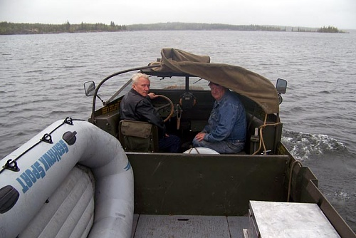 Click image for larger version  Name:Dave driving Duck.jpg Views:8 Size:68.2 KB ID:106162